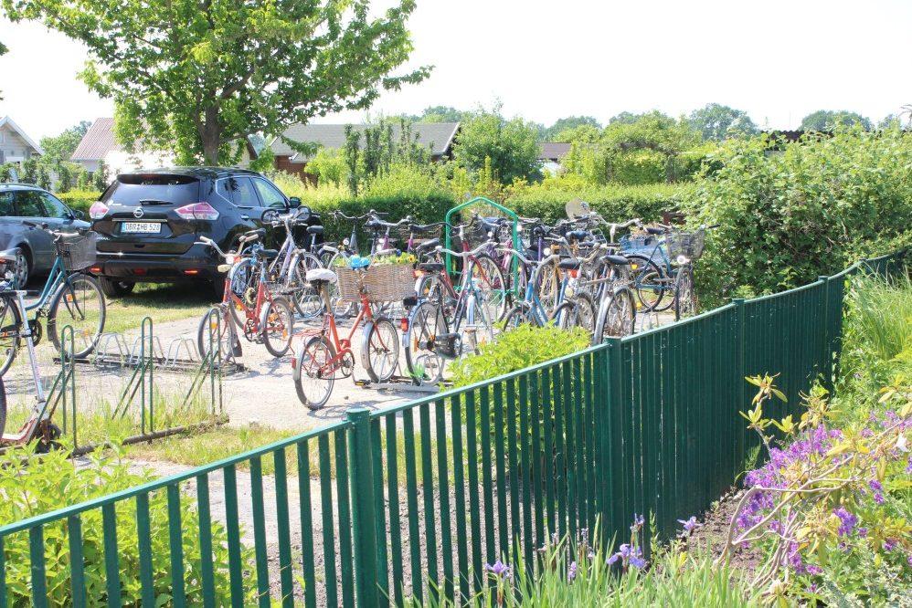 Foto: Fahrradstellplatz an Kleingärten