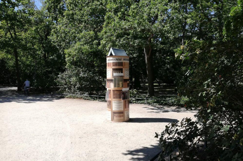 Foto: Bücherbüxe im Kurpark