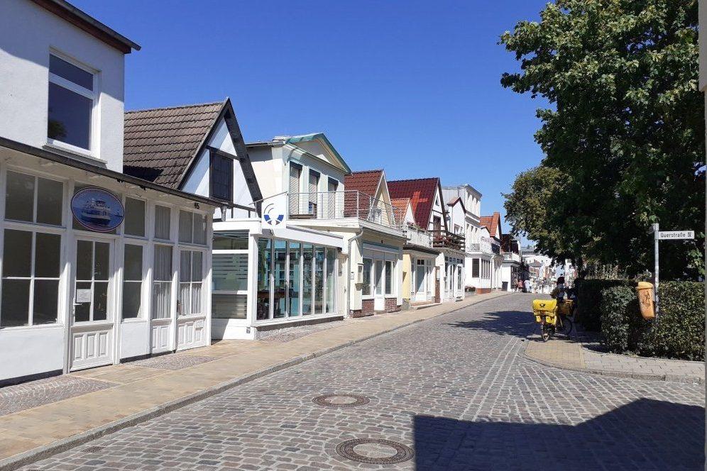 Foto: Straßenraum Alexandrinenstraße