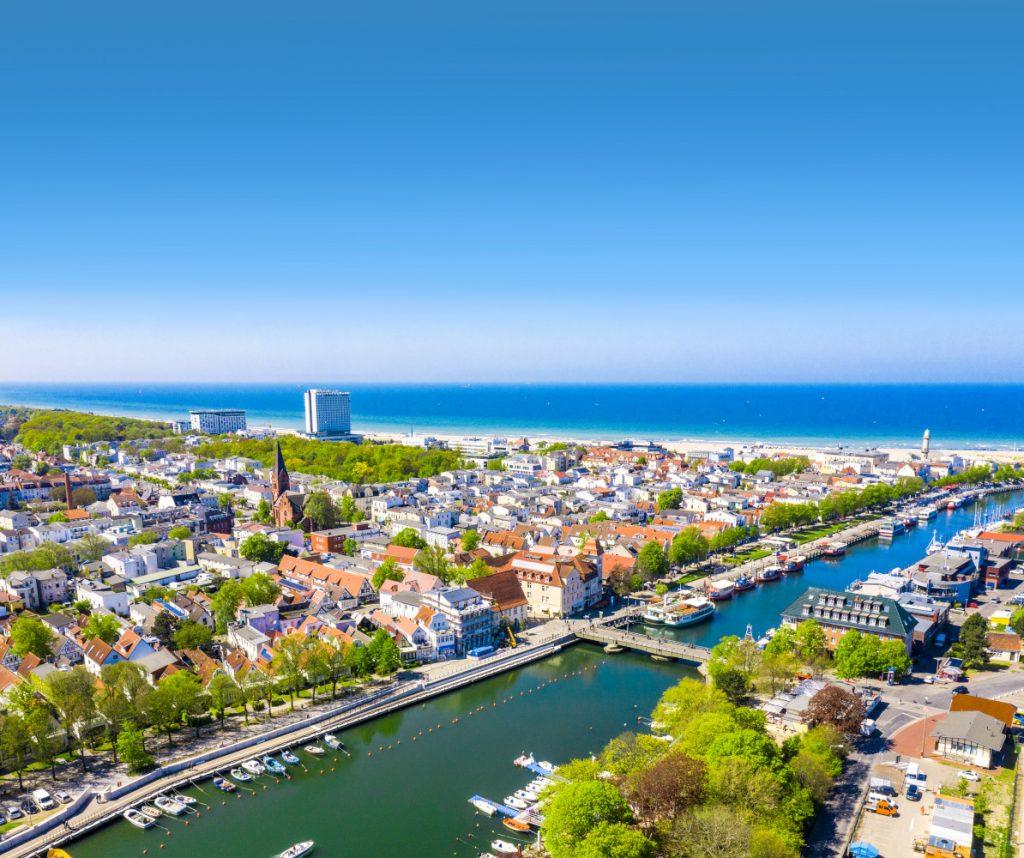 Foto: Luftbild von Warnemünde