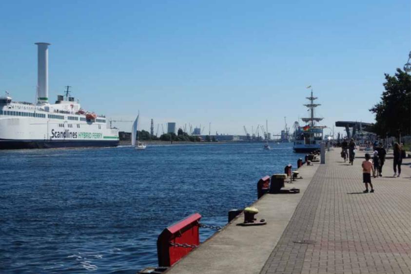 Foto: Blick in den Seekanal